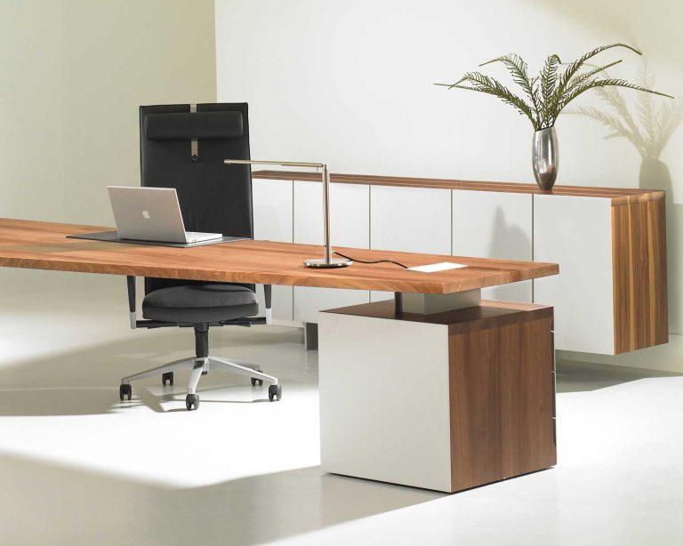 Choosing the Best Wood for Home Office Desks